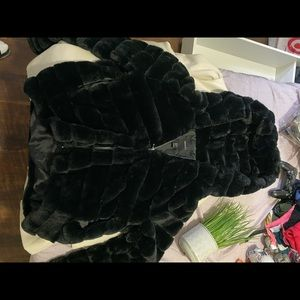 Puffy black sweater from Forever 21 !